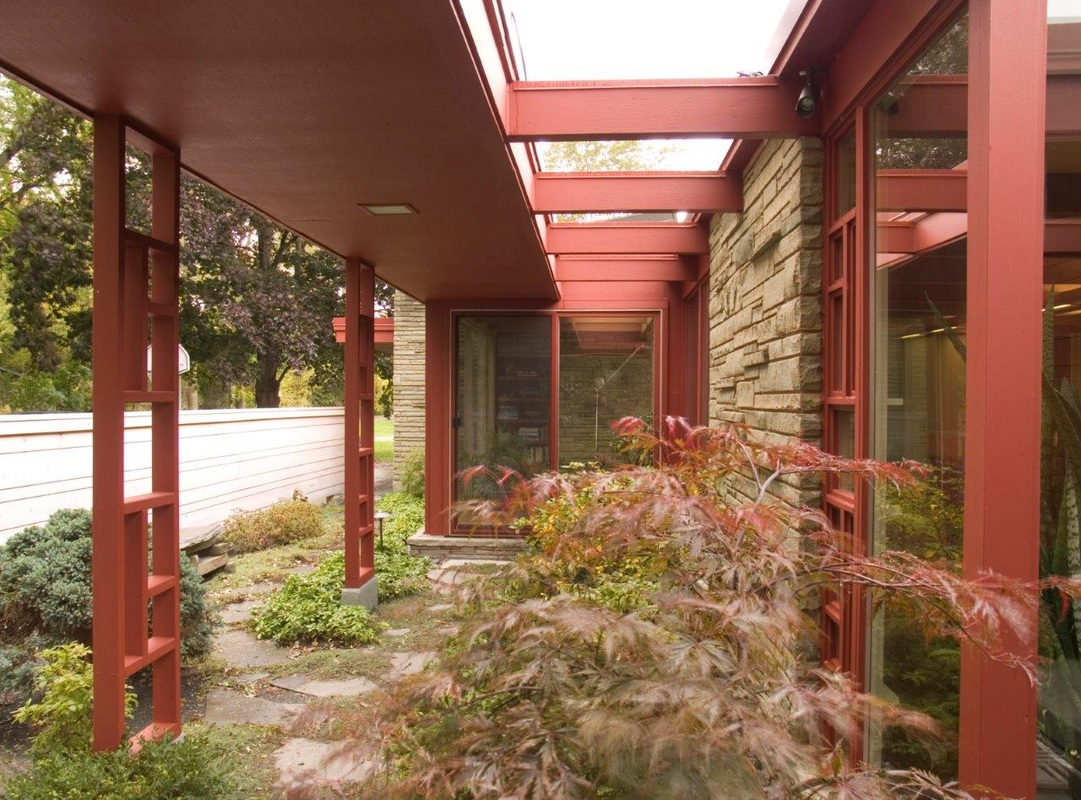Outside 500 south creek road north bay wisconsin for Courtyard landscape oostburg wi